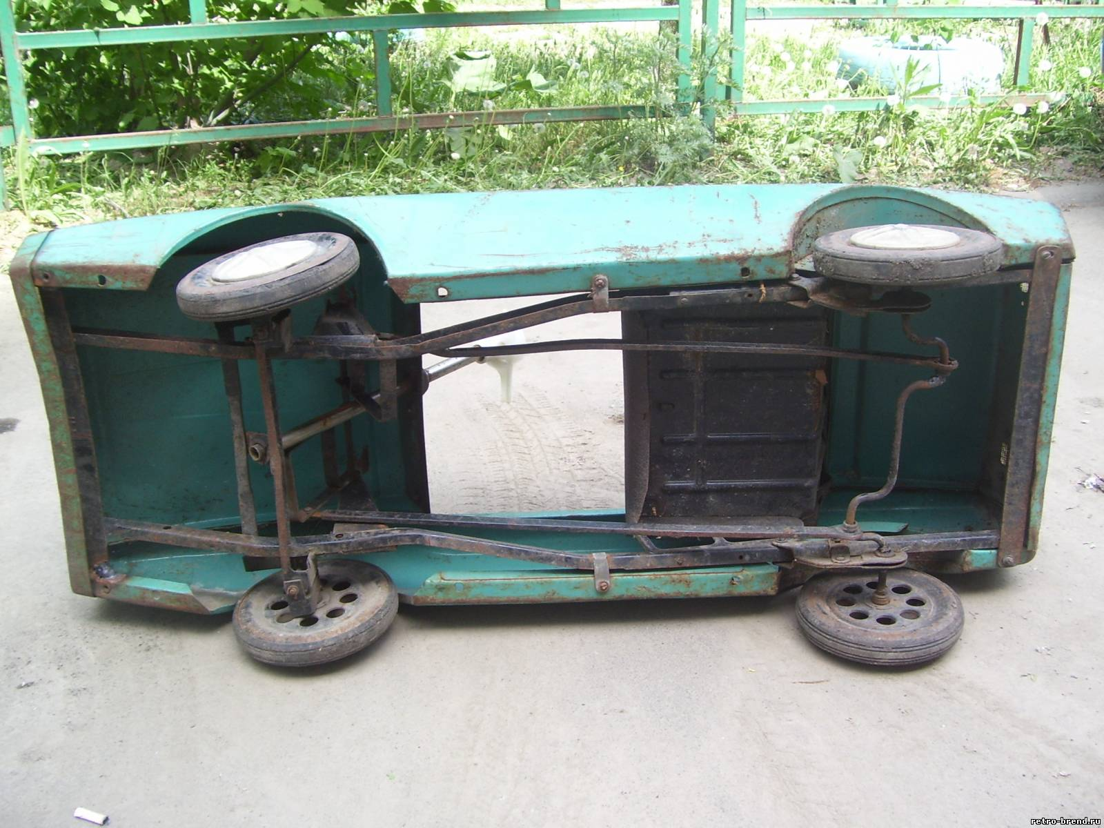 Педальная машина своими руками